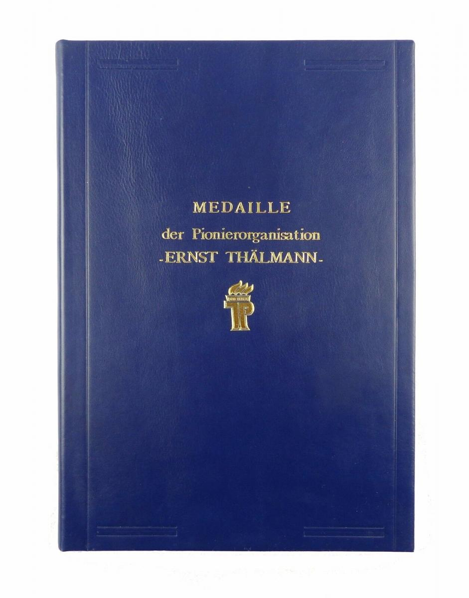 #e6586 DDR Urkundenmappe Medaille der Pionierorganisation Ernst Thälmann JP