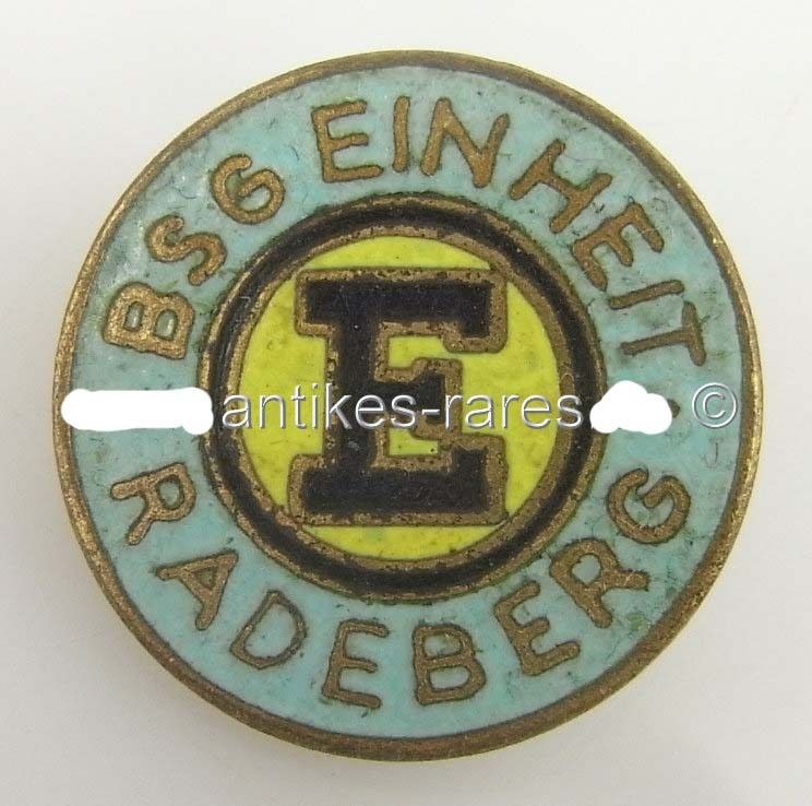DDR Fußball Anstecknadel: BSG Einheit Radeberg