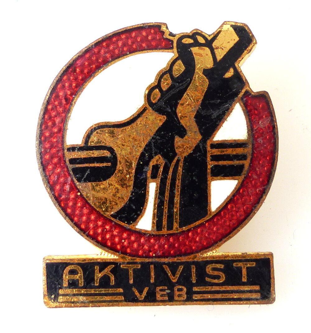 Abzeichen: Aktivist VEB goldfarben e1682