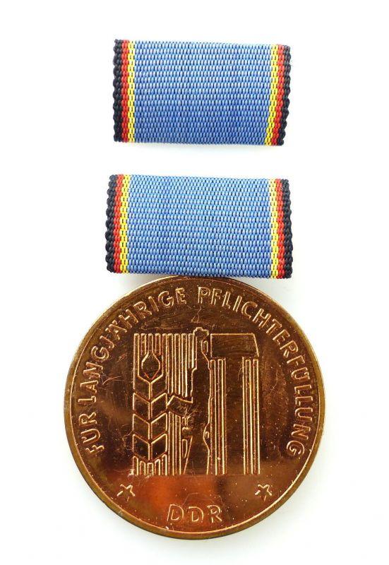 #e2469 Medaille für langjährige Pflicherfüllung, Landesverteidigung DDR Nr.152