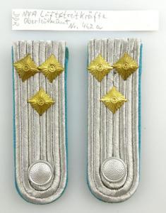 #e3578 1 Paar DDR NVA Schulterstücke Luftstreitkräfte Oberleutnant Nr. 462 a