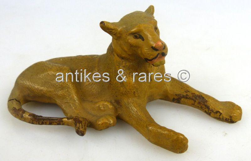 Altes Lineol Tier: Löwe liegend (linol063)