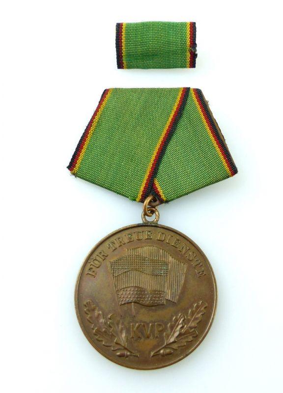 #e2456 Medaille für treue Dienste in der Kasernierten Volkspolizei Nr.135a