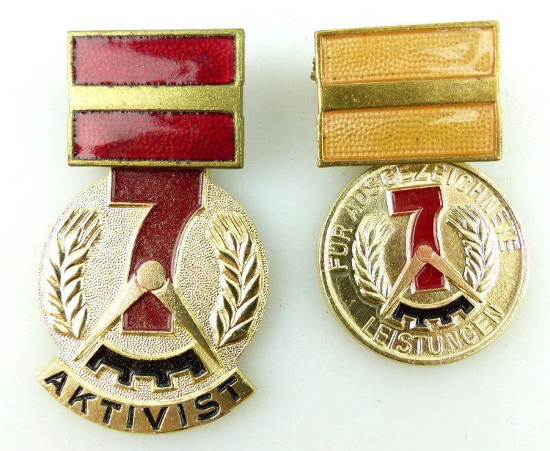 2 Abzeichen: Für ausgezeichnete Leistungen 7 Jahrplan Aktivist e1642