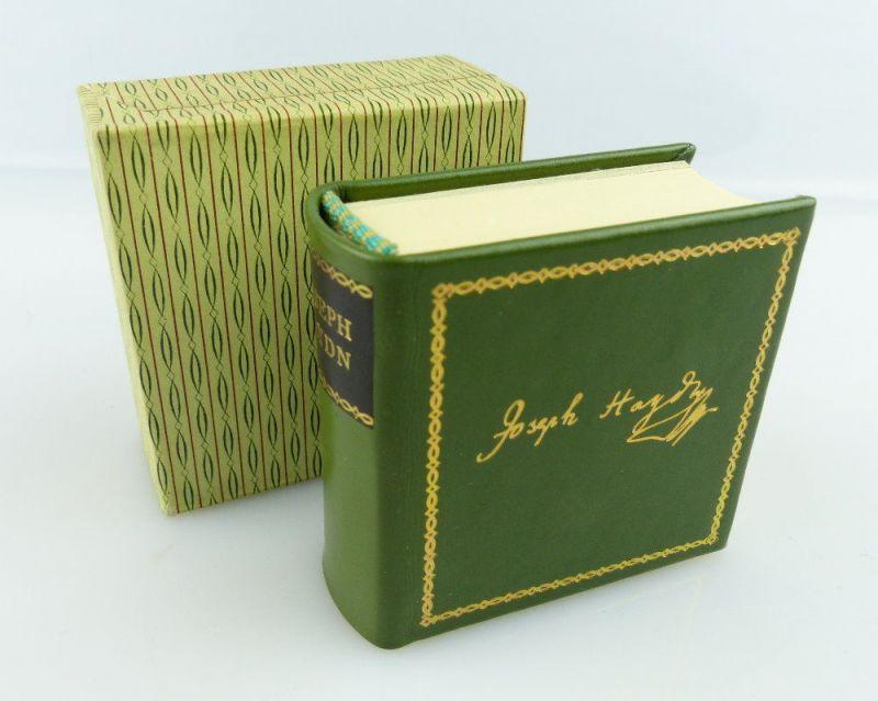 Minibuch: Biographische Notizen über Joseph Haydn nach Ausgabe Leipzig 1810 e227