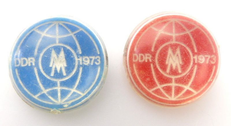 #e2445 2x Abzeichen DDR 1973 MM Leipziger Messe