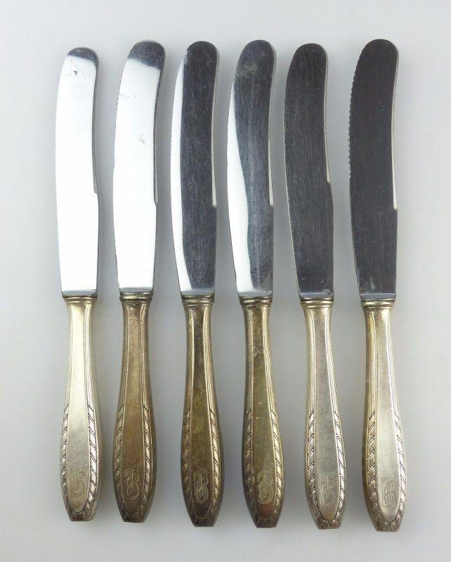 #e4950 6 große alte Messer mit Griffen in 90er Silberauflage und Monogramm