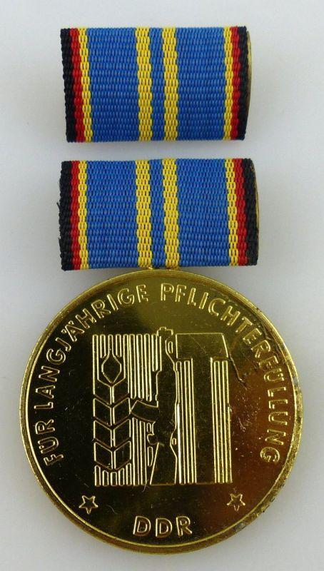 Medaille langj. Pflichterfüllung zur Stärkung der Landesverteidigung, Orden2390