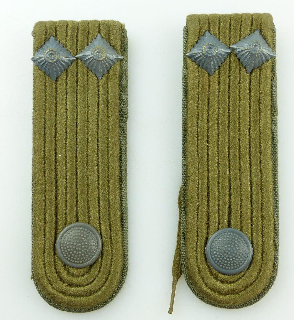 #e3542 1 Paar DDR NVA Schulterstücke Landstreitkräfte Felddienst Leutnant