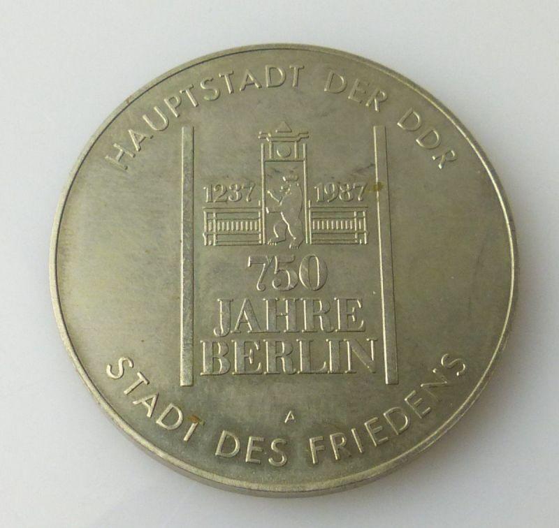Medaille 750 Jahre Berlin Hauptstadt der DDR Stadt des Friedens r418