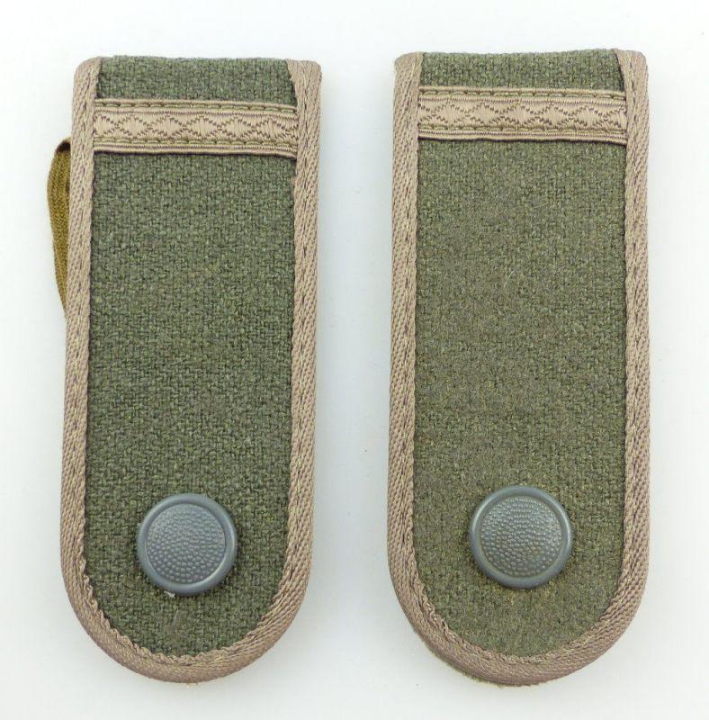 #e3535 1 Paar DDR NVA Schulterstücke Landstreitkräfte Felddienst Gefreiter