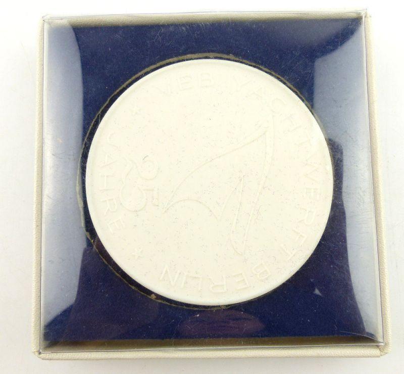 Meissen Medaille: 25 Jahre VEB Yachwerft Berlin DDR e1610