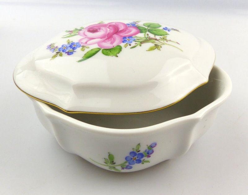 E3962 Kleine Meissen Porzellan Dose mit Deckel 1. Wahl mit Rose und Blumen