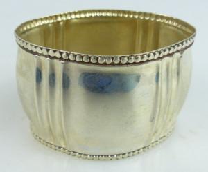 Dekorativer Serviettenring in 800 Ag Silber norb731