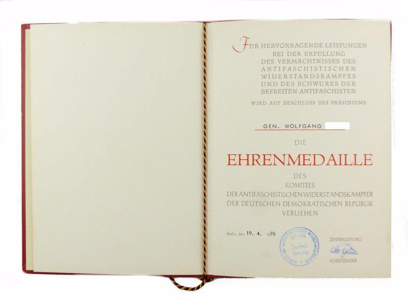 #e6778 DDR Urkunde für Ehrenmedaille antifaschistischer Widerstandskämpfer 1976
