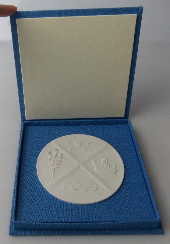 Seltene Meissen Medaille: Bezirk Rostock DDR, Orden1509