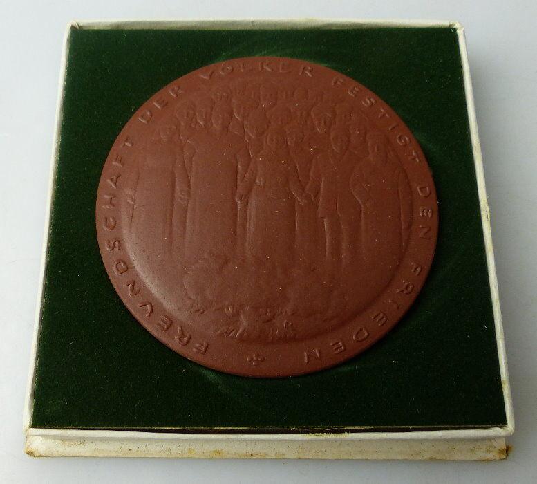 Meissen Medaille: LIGA für Völkerfreundschaft der DDR, Orden1504