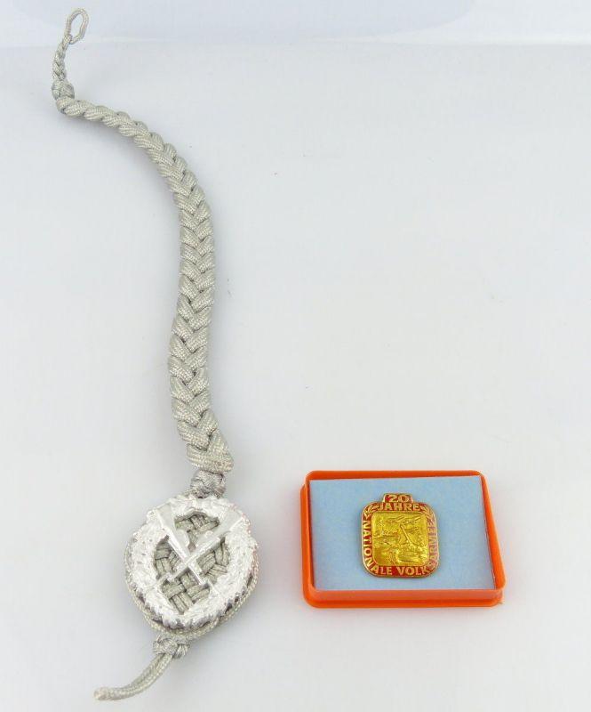 Medaille: NVA 20 Jahre Nationale Volksarmee mit Schützenschnurr  /r054