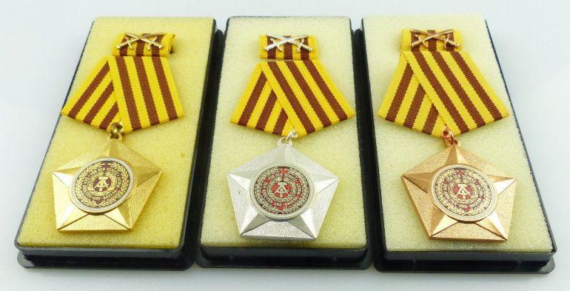 3 Kampforden Für Verdienste um Volk & Vaterland Gold, Silber Bronze, Orden2527