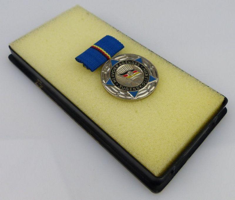 Medaille hervorragendes Jugendkollektiv der DDR vgl Band I Nr. 84 f, Orden1974