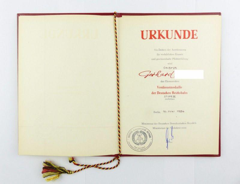 #e6763 DDR Urkunde: Verdienstmedaille der Deutschen Reichsbahn Stufe III 1984
