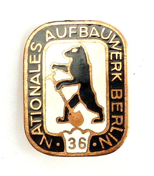 #e5744 Abzeichen / Nadel Nationales Aufbauwerk Berlin 36 1956-1960 in Bronze