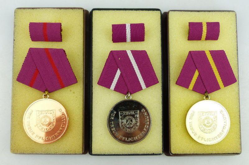 3 Medaillen Pflichterfüllung Zivilverteidigung DDR Bronze Silber Gold, Orden1161