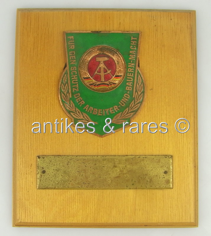 DDR Plakette Volkspolizei Für den Schutz der Arbeiter- und Bauernmacht