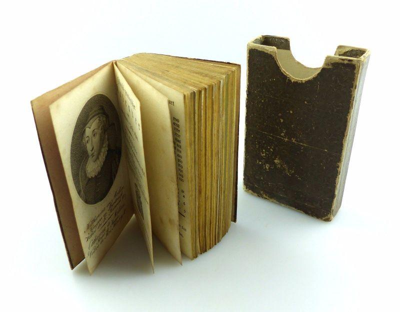 E6095 Altes Minibuch mit Vollgoldschnitt historisch-genealogischer Kalender 1800