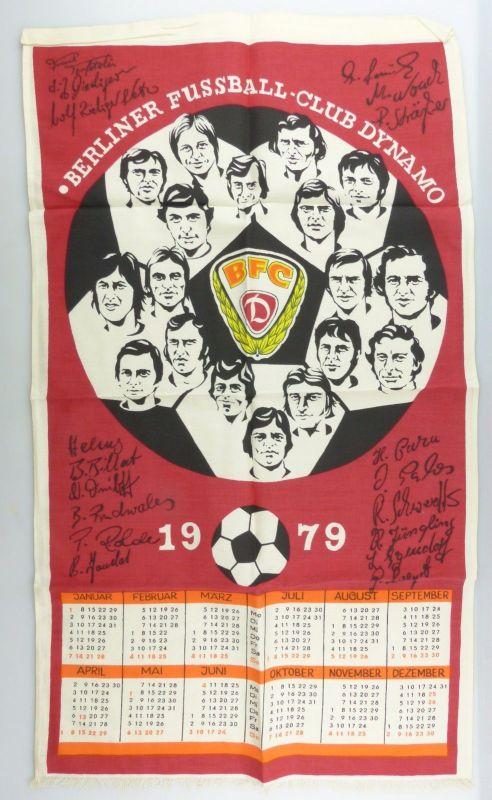 #e7141 DDR Stoff Kalender 1979 mit gedruckten Unterschriften BFC Dynamo Fußball