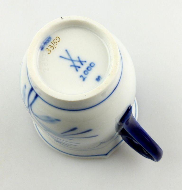 #e4325 Meissen Porzellan Tasse mit Untertasse Robinie kobaltblau, 1. Wahl 3