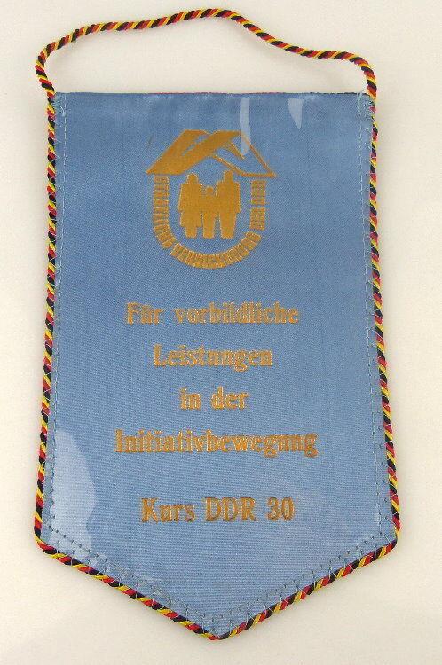 Wimpel: Staatliche Versicherung der DDR - Für Vorbildliche Leistungen / r005