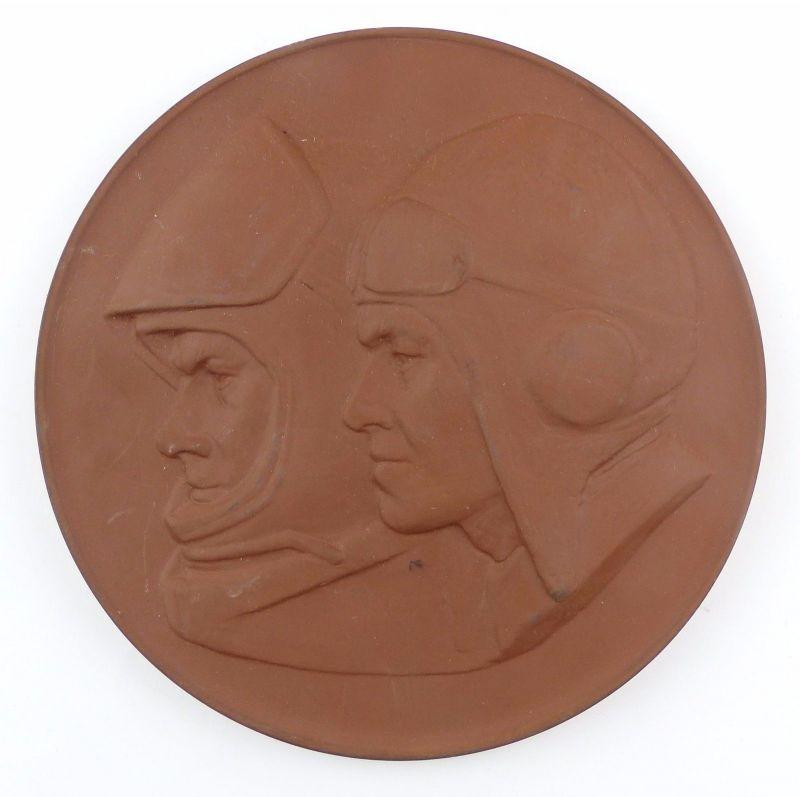 #e8107 Meissen Medaille überreicht von den Luftstreitkräften der NVA