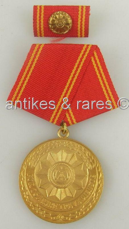 DDR Medaille treue Dienste bewaffnete Organe Ministerium d. Inneren Gold 25 Jahr