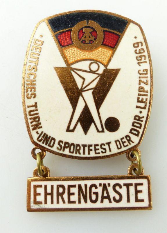 #e1895 Deutsches Turn- und Sportfest der DDR Leipzig 1969 Ehrengäste Abzeichen