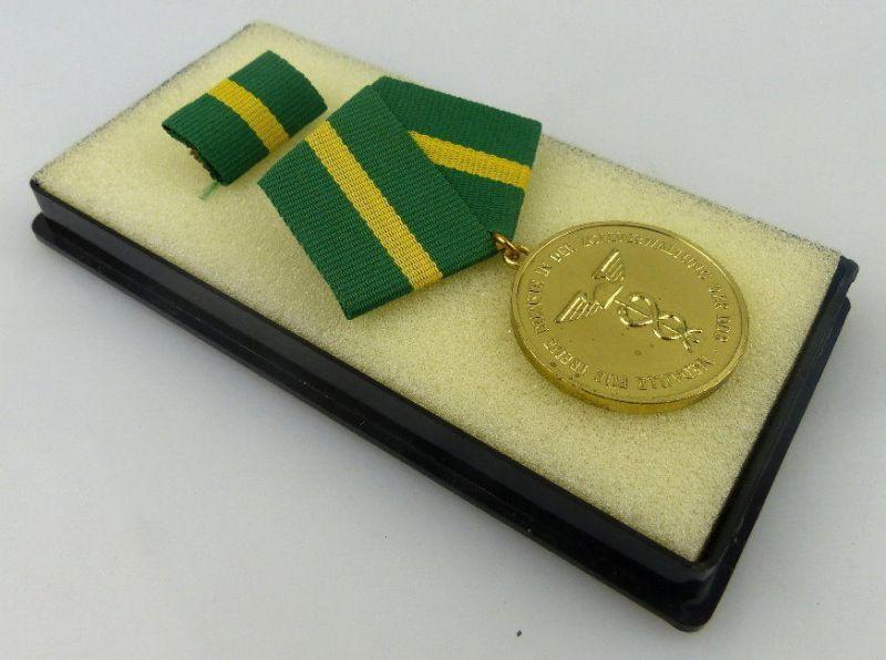 Medaille für treue Dienste in der Zollverwaltung der DDR, Gold, Orden2297