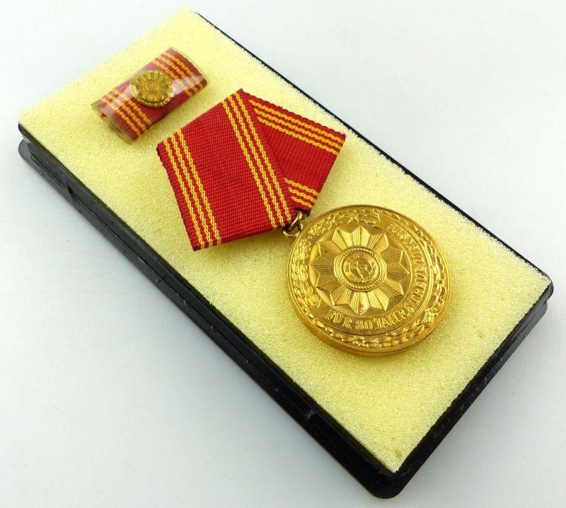 Medaille treue Dienste in den bewaffneten Organen MdI Gold Nr. 138a ,Orden3277
