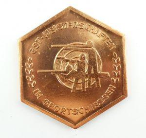 E9360 DDR Plakette GST Meisterschaften im Sportschiessen bronzefarben