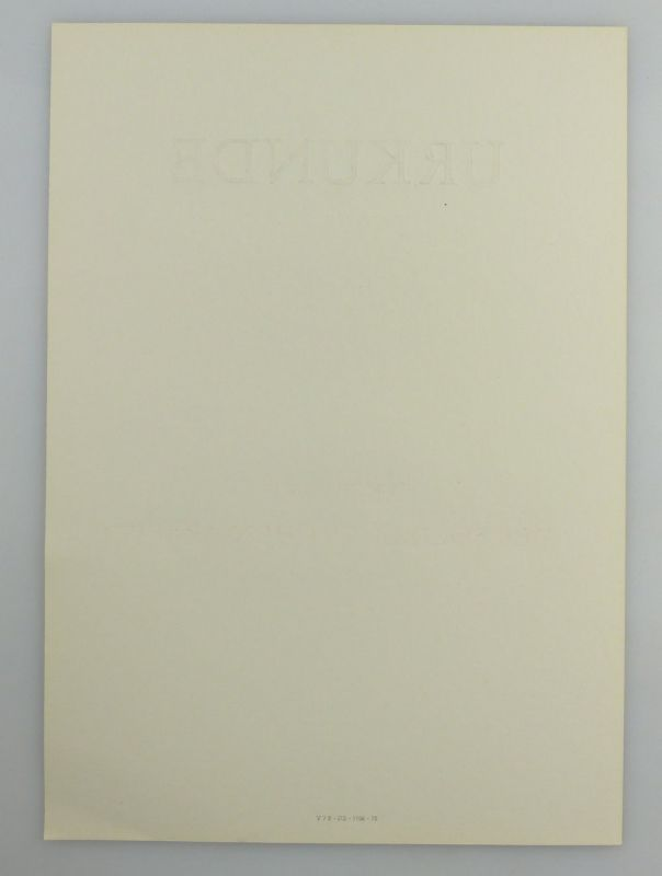 Große blanco Urkunde + Abzeichen: Aktivist der sozialistischen Arbeit, so260 4