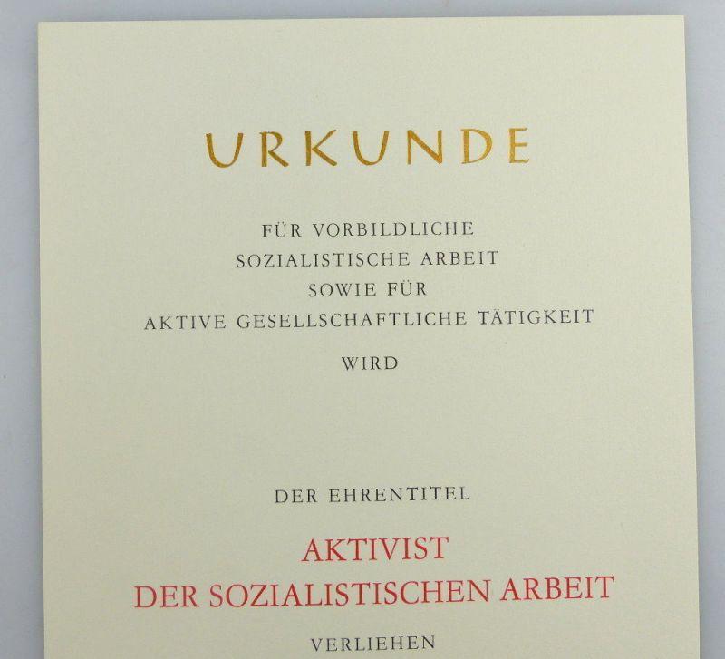 Blanco Urkunde + Abzeichen: Aktivist der sozialistischen Arbeit, so259 2