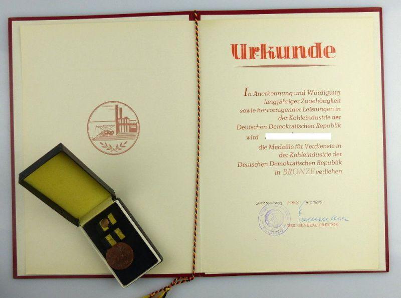 Medaille für Verdienste in der Kohleindustrie der DDR + Urkunde 1976 verl, so255 0