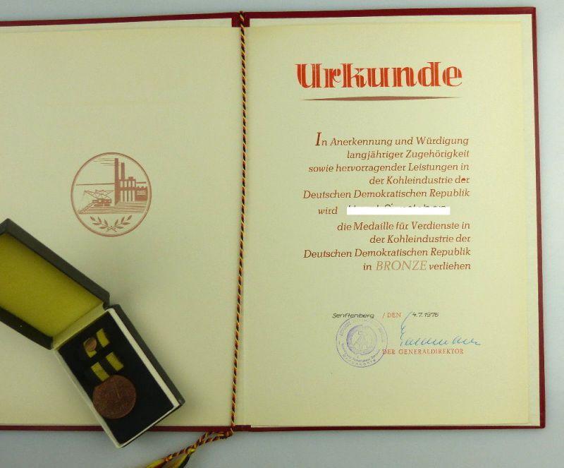 Medaille für Verdienste in der Kohleindustrie der DDR + Urkunde 1976 verl, so255 1
