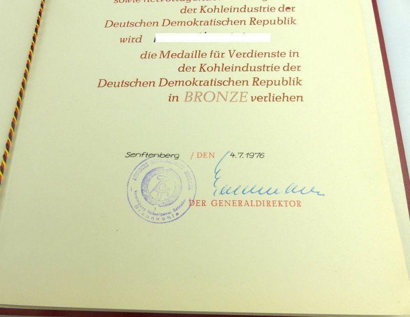 Medaille für Verdienste in der Kohleindustrie der DDR + Urkunde 1976 verl, so255 5