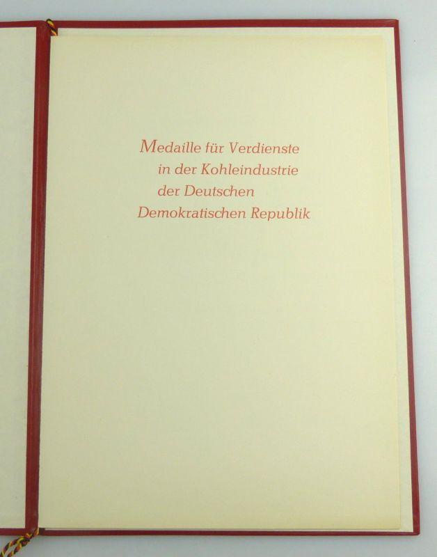 Medaille für Verdienste in der Kohleindustrie der DDR + Urkunde 1976 verl, so255 6