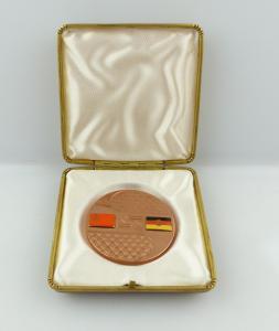 E9455 Ehrengeschenk Medaille Fährverbindung DDR UDSSR Flaggen emailliert