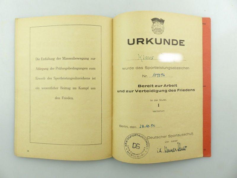 Original Leistungsbuch Deutscher Sportausschuss mit Eintragungen und Urkunde 9