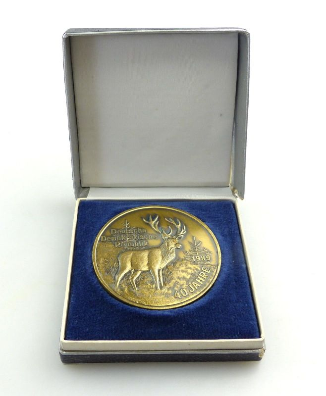E9526 Medaille 40 Jahre Deutsche Demokratische Republik 1989 Hirsch goldfarben