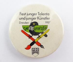 E9488 Anstecknadel Fest junger Talente und junger Künstler Dresden 1987 FDJ