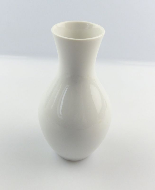 #e4844 Hübsche kleine Porzellan Vase von Wallendorf 0