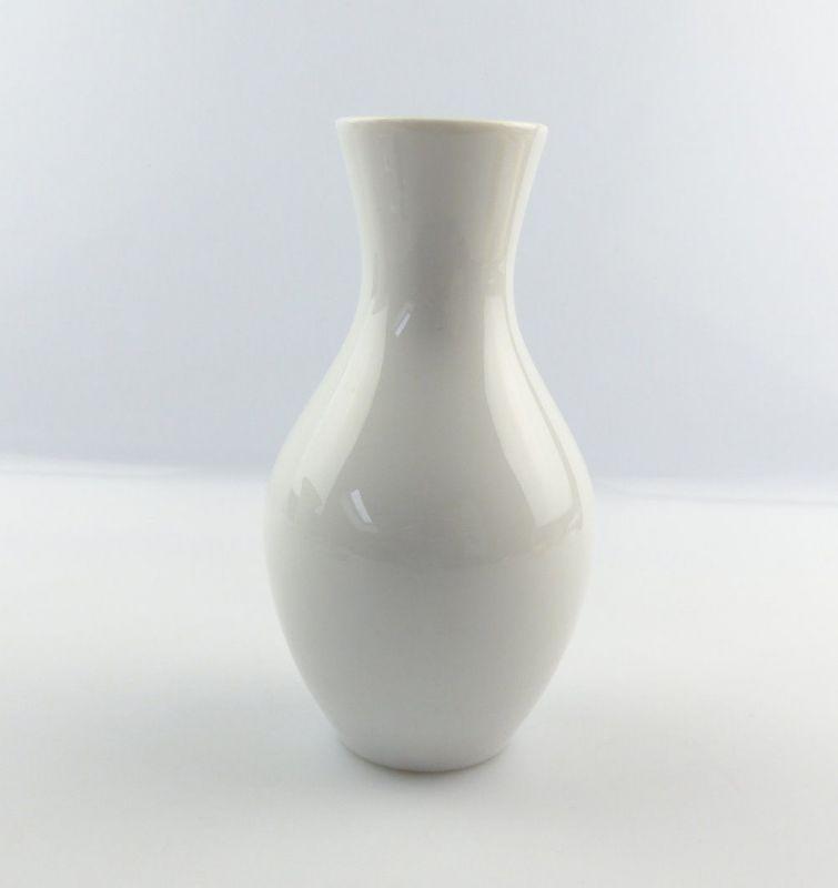 #e4844 Hübsche kleine Porzellan Vase von Wallendorf 1